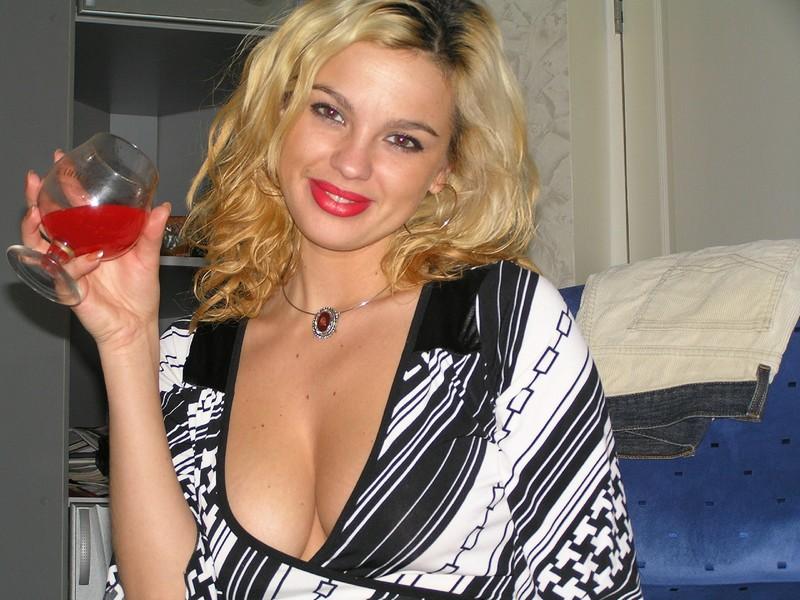 Развратную женщину лет 45 16 фотография