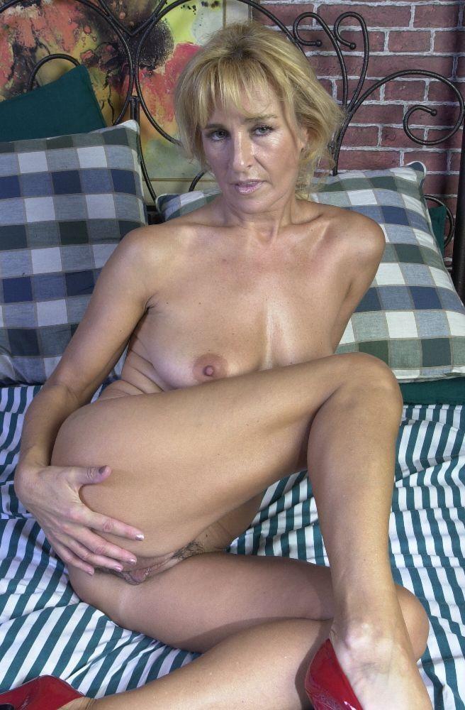 зрелые снять проститутки лет от москвы 40