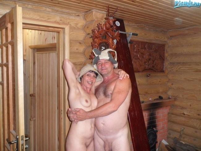 Эротика пожилой пары в сауне фото
