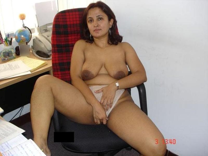 смотреть домашнее порно с индианкой онлайн