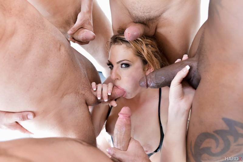 Секс с самцом онлайн 21 фотография