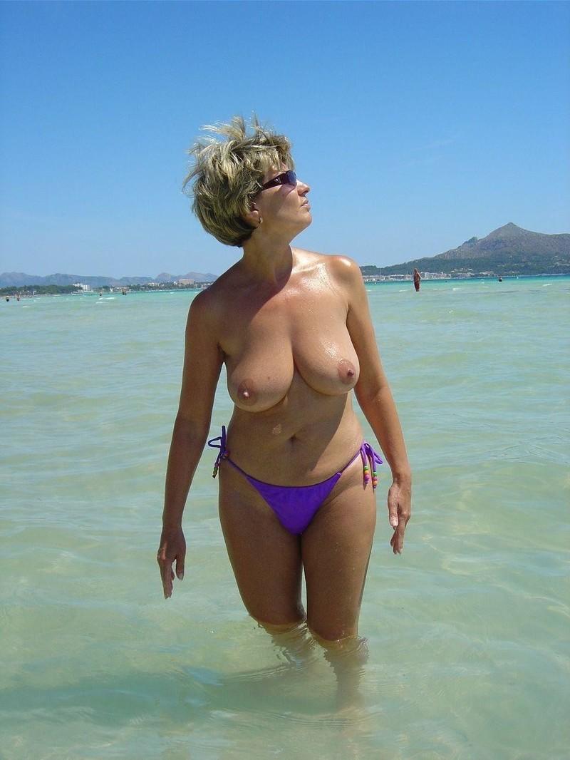 Русская дама на море 1 фотография