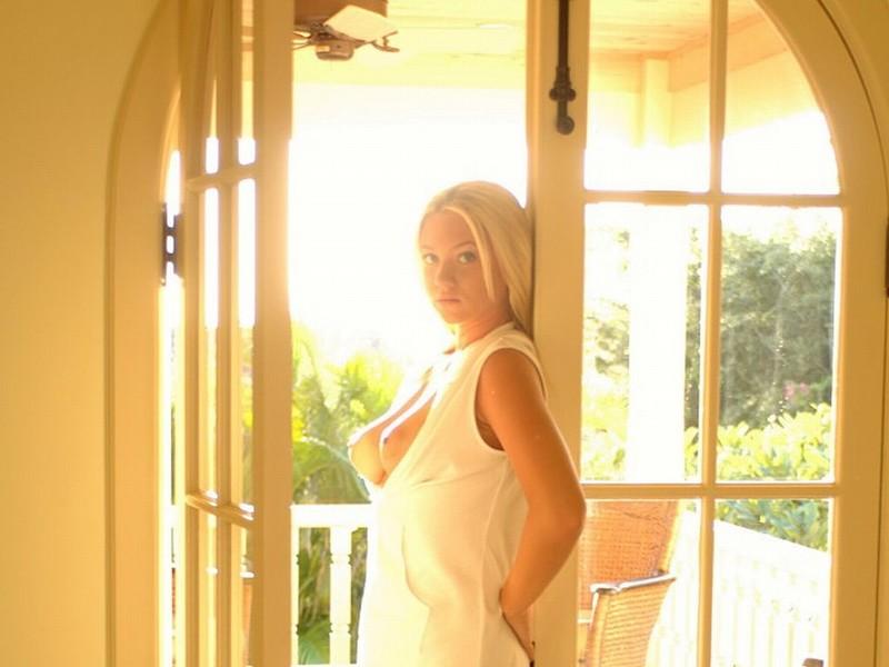 Christine taylor bikini pic