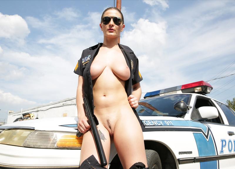 Порно коп и преступники фото 781-357
