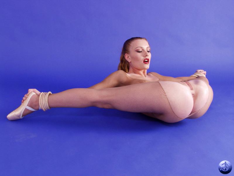 Девочка гимнастка эро фото
