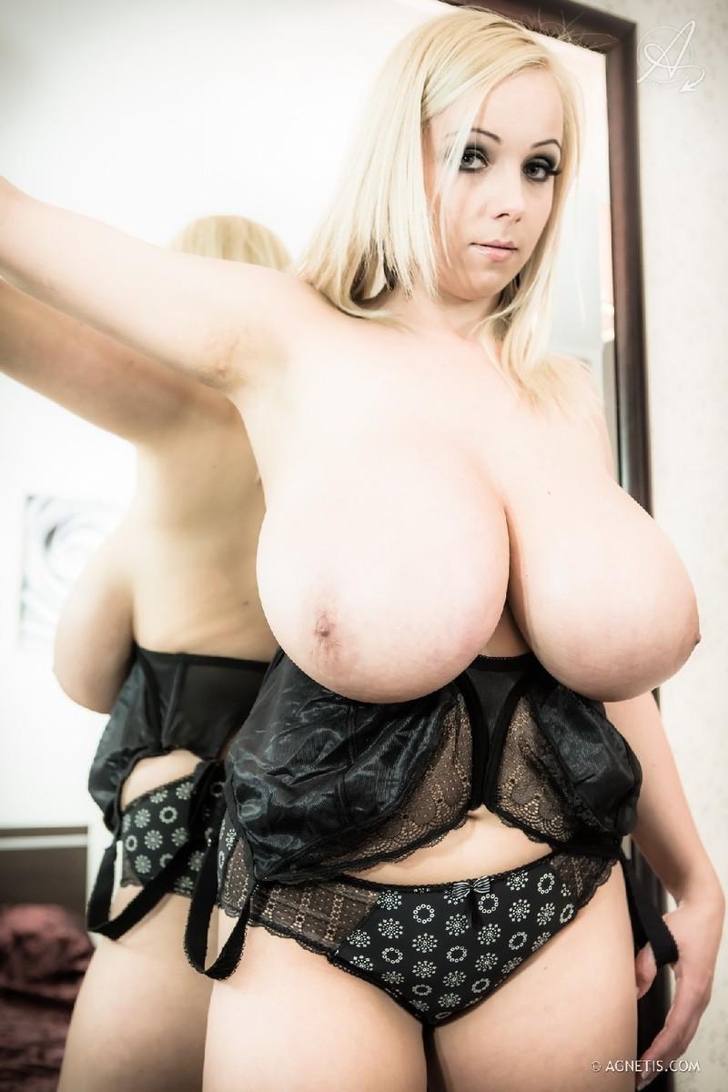 Большие сиськи  порно видео с большими сиськами смотрите