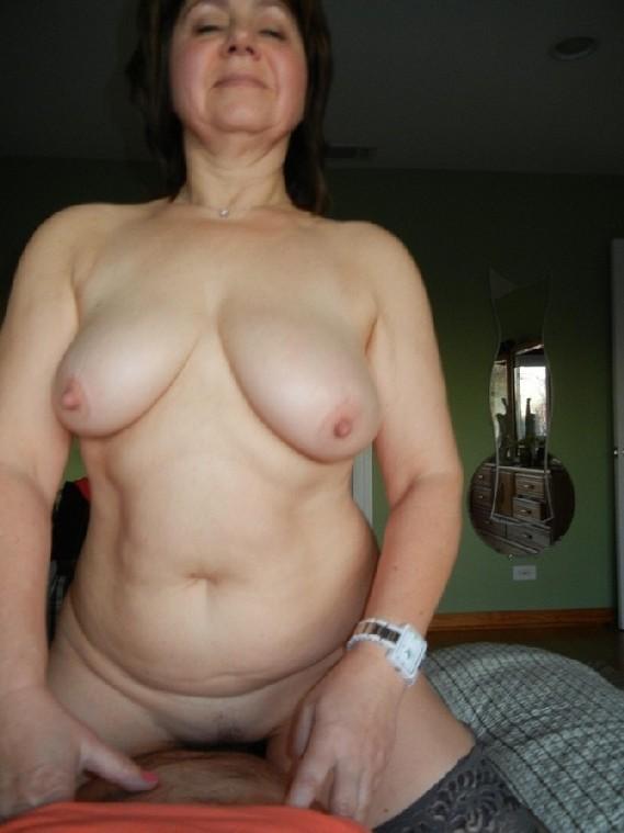 фото одиноких зрелых женщин россии
