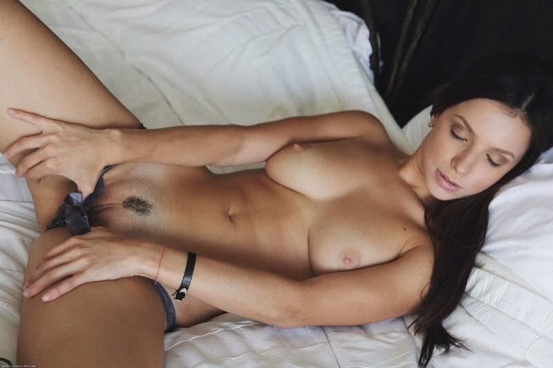Секс с брюнеткой видит смотреть бесплатно 15 фотография