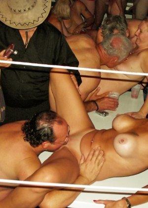 mature swinger party tube № 133938