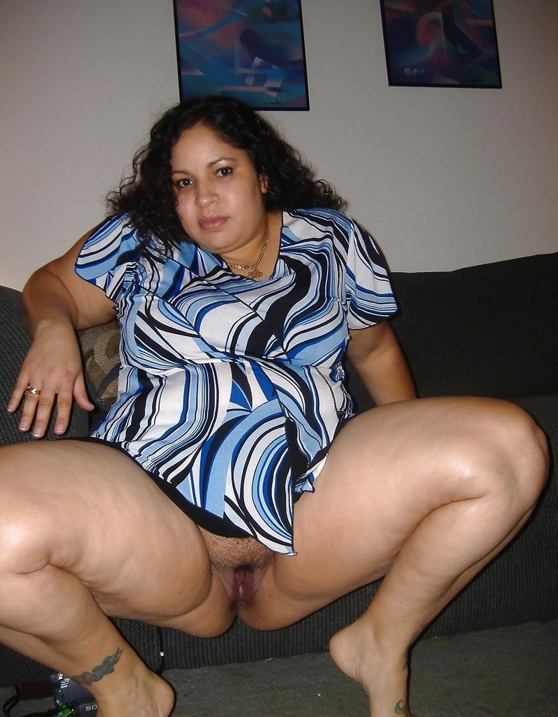 Thick amateur latina