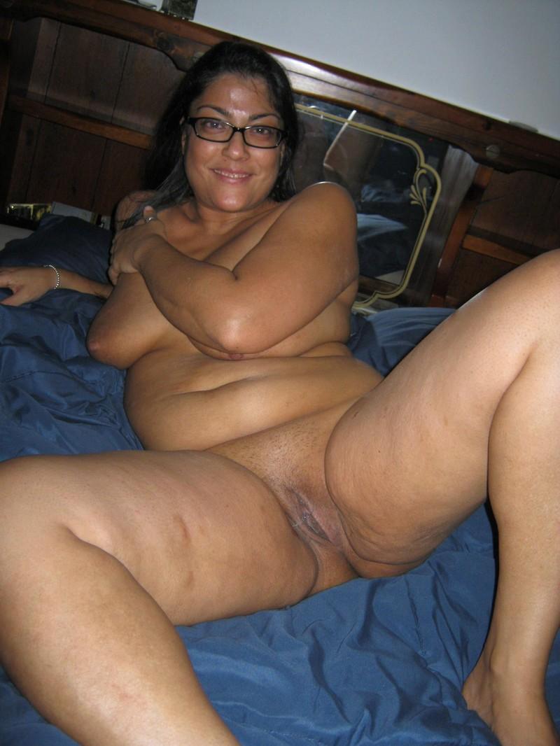 Chubby Moms Pics
