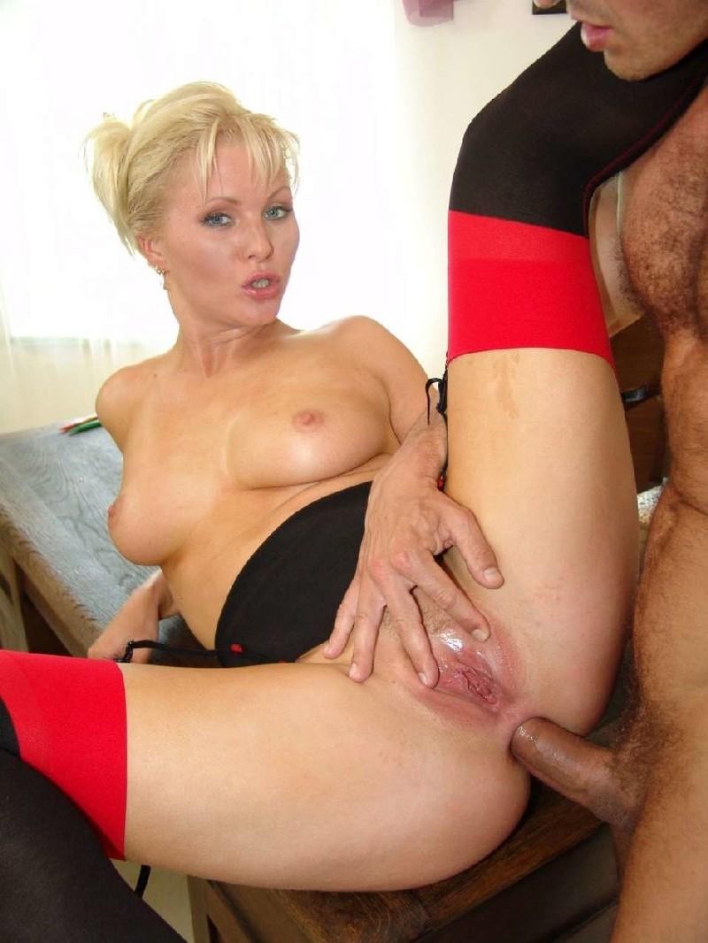 Kathleen Kinmont nude scene - HD